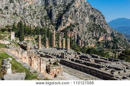 ruins of Apollo temple in Ancient Delphi