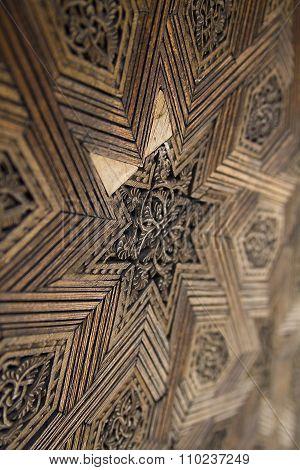 Star gouging in wood