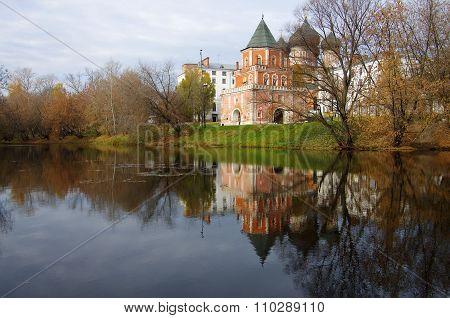 Moscow, Russia - October, 2015: The Estate Of The Romanovs In Izmailovo