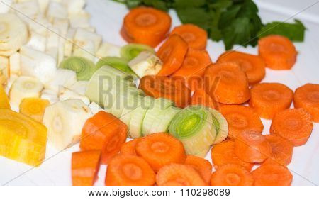 Preparing various vegetables