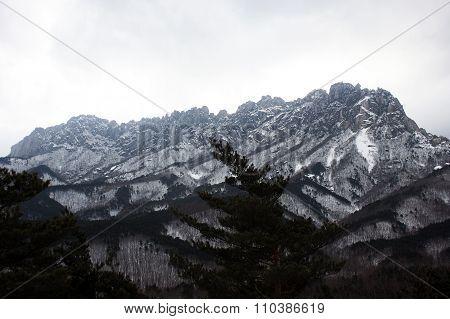 Seoraksan mountains