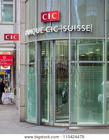 Entrance Of The Cic Bank Office In Zurich