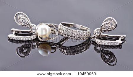 Elegant Silver Earrings In The Shape Of A Horseshoe
