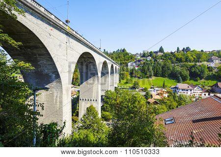 Fribourg, Zaehringen Bridge On The Sarine River