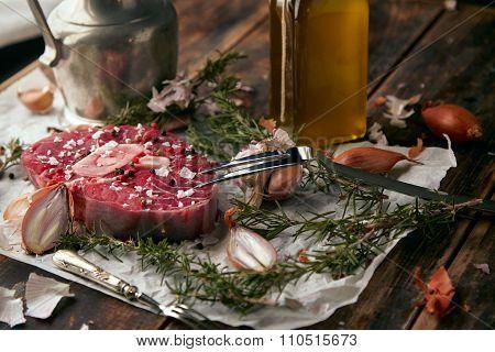 Food Set, Onions, Romero, Meat Steak, Salt, Pepper, Garlic, Olive Oil,fork