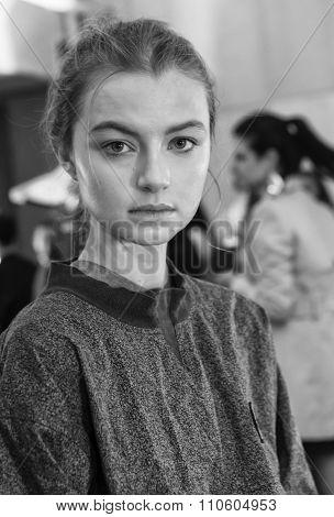 Monique Lhuillier - Spring 2016 Collection