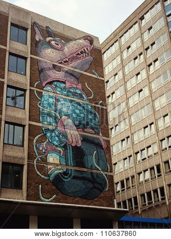 Dog graffiti in Bristol