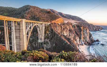 Sunset over Bixby Bridge, Big Sur, California, USA.
