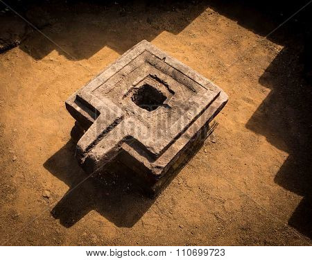 Antique Stone Hidu Platform