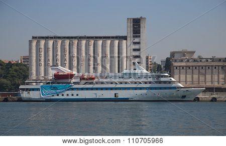 Mavi Marmara Cruise Ship