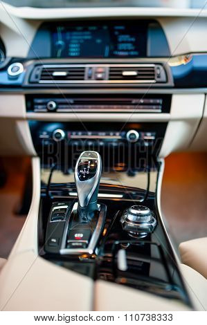 Automatic Gear Shifter In A New, Modern Car. Car Interior