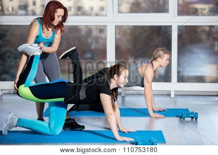 Exercises For Buttocks With Instructor
