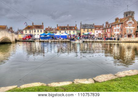 The Saturday market and fine weather attracts many visitors to Wareham, Dorset, England, UK