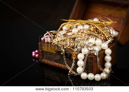 jewelry, pearl jewelry box