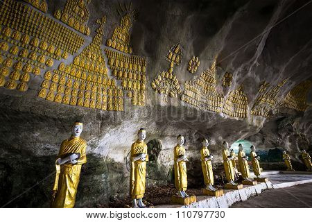 Buddhas Statues And Religious Carving At Sadan Sin Min Cave. Hpa-an, Myanmar (burma)