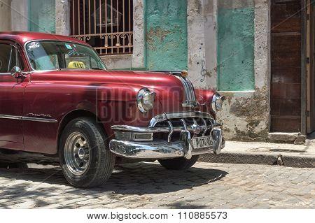 Red cuban taxi