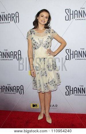 LOS ANGELES - DEC 4:  Brooke Williams at the he Shannara Chronicles at the iPic Theaters on December 4, 2015 in Los Angeles, CA