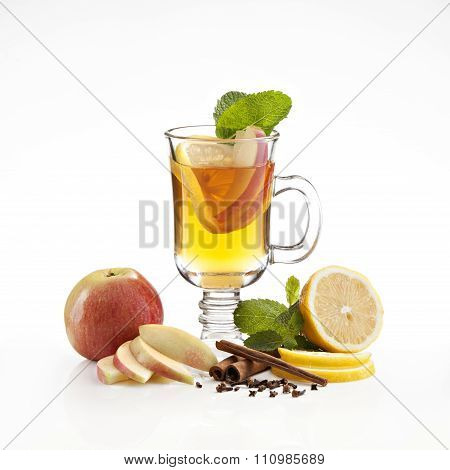 hot apple-lemon tea