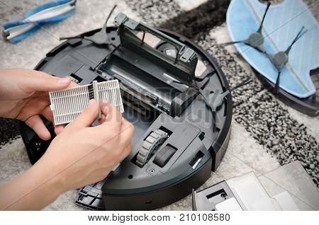 Robotic Vacuum Cleaner Maintenance
