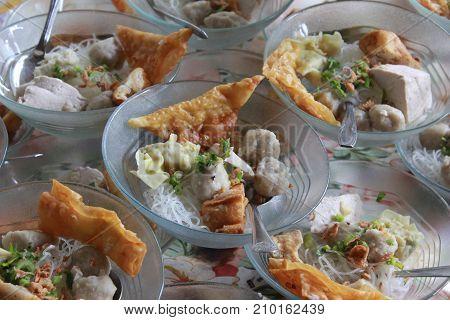 Indonesian famous foodstreet bakso , Indonesia meatballs