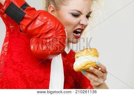 Woman Boxing Cream Cupcake