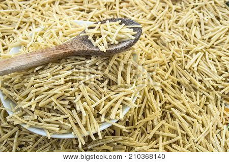 turkish style homemade thin rod shaped noodles pictures,