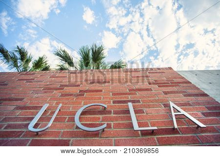 Los Angeles, Ca/usa - June 28, 2016: Morden Ucla Sign At The Medical Block Of The University Of Cali