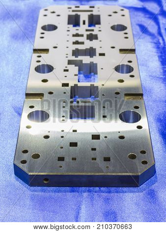 machined steel plate for manufacturing tooling or mold