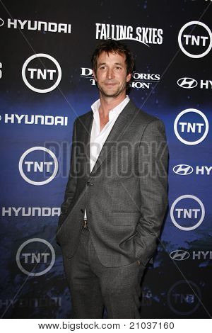 LOS ANGELES - JUN 13: Noah Wyle at the premiere of TNT's 'Falling Skies' held at the Pacific Design Center on June 13, 2011 in Los Angeles, California.
