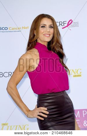 Samantha Harris arrives at the taping of