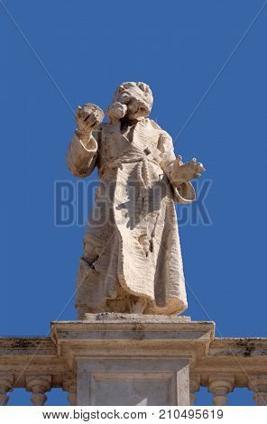 ROME, ITALY - SEPTEMBER 02: St. Paul first Hermit, fragment of colonnade of St. Peters Basilica. Papal Basilica of St. Peter in Vatican, Rome, Italy on September 02, 2016.