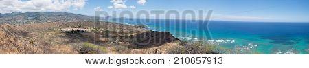 Diamond Head State Monument - Hawaii - Pacific Ocean