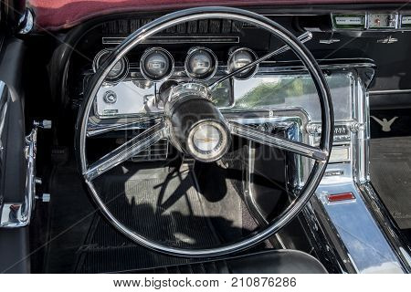 1960S Ford Thunderbird 6.4L Car Interior - Steering Wheel With Logo And Dashboard (focus On Dashboar