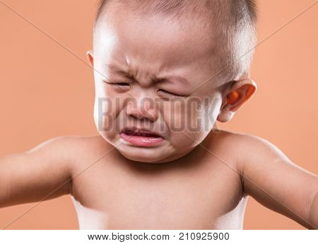 Asian little boy cry in nude and getting angry