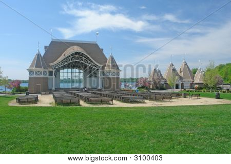 Theater On Lake Harriet