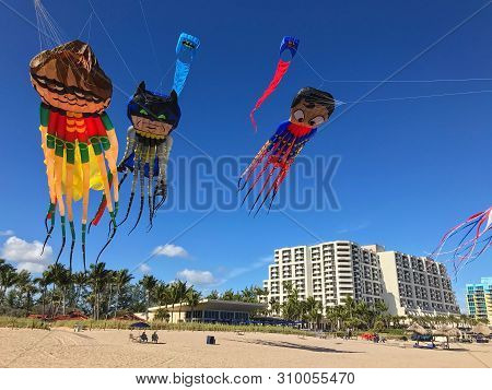 Ft. Lauderdale, Fl / Usa - December 30:  Kites With Octopus Tentacles And In The Likeness Of Superhe