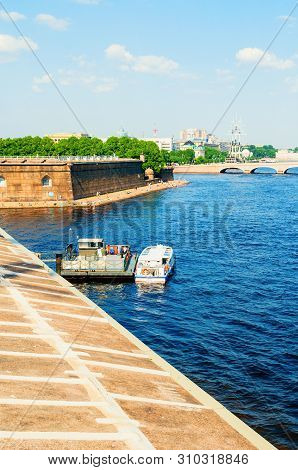 Saint Petersburg, Russia - June 6, 2019. The Water Area Of The Neva River And Sovereign Bastion In P