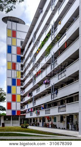 Singapore-02 Mar 2019:singapore Colorful Hdb Residential Building Facade View