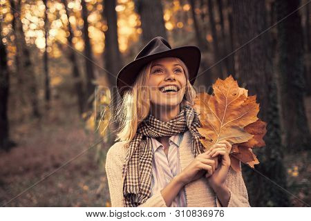 Autumn Woman. Carefree Young Woman In Trendy Vintage Pullover Or Sweater. Surprise Autumn Woman. Rom