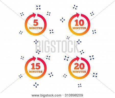 Every 5, 10, 15 And 20 Minutes Icons. Full Rotation Arrow Symbols. Iterative Process Signs. Random D