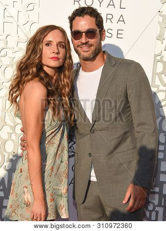 LOS ANGELES - JUL 10:  Meaghan Oppenheimer and Tom Ellis arrives to American Friends of Covent Garden 50th Anniversary Celebration  on July 10, 2019 in Hollywood, CA