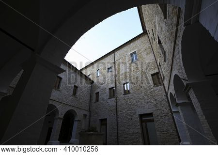 Serra San Quirico (an), Italy - January 1, 2019: The Cloister In Santa Lucia Church Inside In Serra