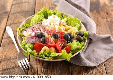 bowl of vegetable salad- health food