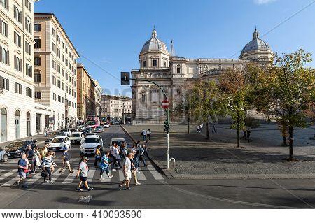 Rome, Italy - October 2019: Pedestrians Walking At Piazza Dell'esquilino Where Basilica Di Santa Mar