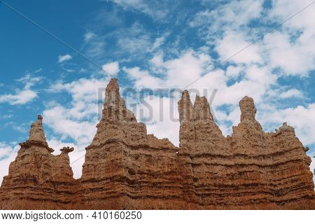 Group Of Hoodoos At Bryce Canyon, Utah On A Beautiful Sunny Day With Clouds.