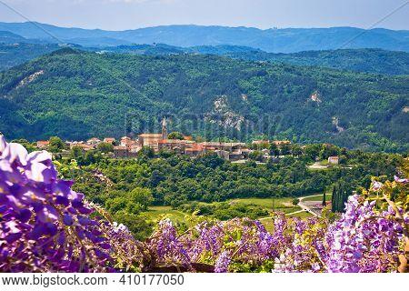 Roc. Idyllic Picturesquae Village Of Roc On The Hill, Istria Inland, Croatia