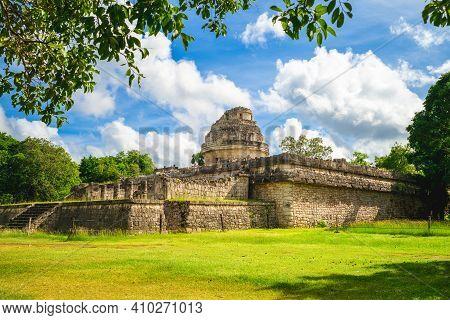 El Caracol Observatory Temple, Chichen Itza, Mexico