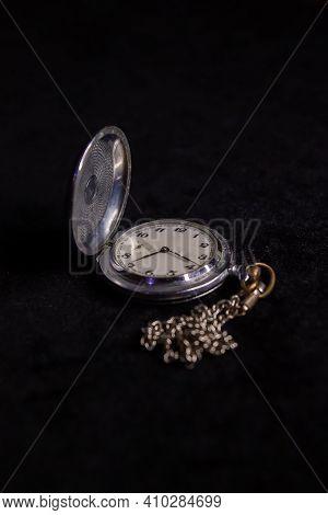 Old Pocket Watch, Old Pocket Watch On Black Background, Watch On Black, Antique Pocket Watch