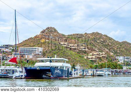 Cabo San Lucas, Mexico - October 13 2019: View Along The Sea Coast Of Cabo San Lucas In Mexico. Coas