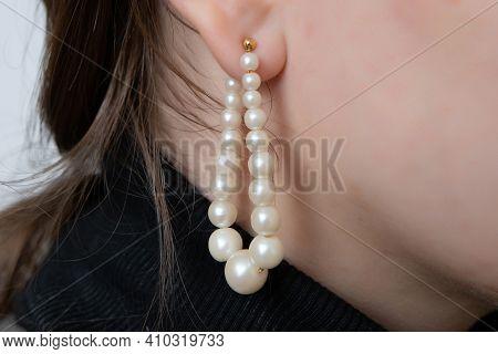 Buetieful Pearl Earings In Ear White Girl Fase